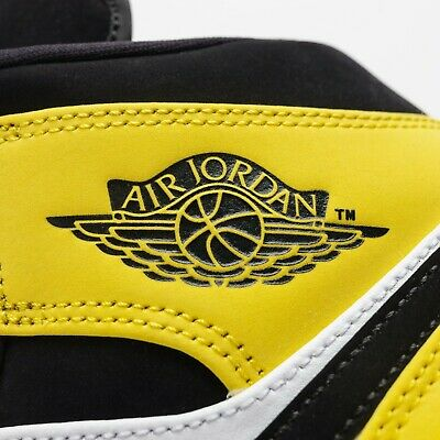 3565b90357b1a2 Nike Air Max Plus QS Metallic Gold   Red TN Men Running Shoes 903827-700
