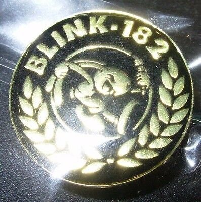 BLINK 182 Classic Bunny Logo Black Enamel Pin badge button merch tour lapel