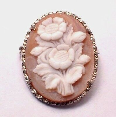 White Flower Victorian Very Detailed Cameo Pin 28 mm Across