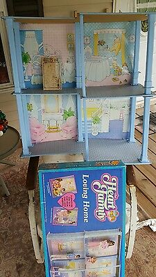 """Vintage W/box  """"the Heart Family Loving Home"""" Doll House By Mattel, 1984, Htf"""