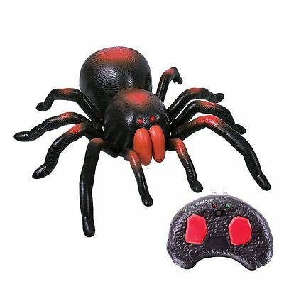 RC Radio Control Tarantula Spider Light Up Infrared Crawling Insect Gadget Toy
