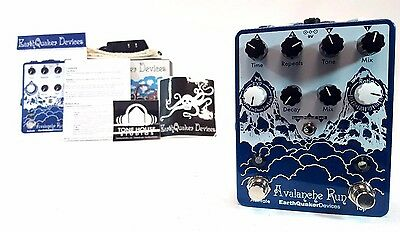 Earthquaker Devices Avalanche Run Delay / Reverb Guitar Effect Pedal - New