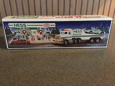 (VINTAGE)1991 Hess Toy Truck and Racer New in Box *MINT*
