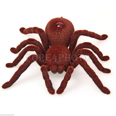 Remote Control Infrared RC Tarantula Spider Prank Toy Kid Gift 2-Channels Hot