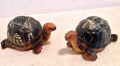 Vintage Magnetic Island Souvenir Turtle Salt and Pepper Shakers  (3989)