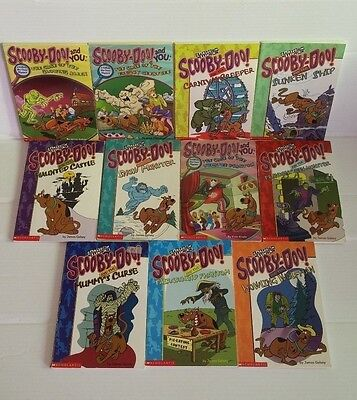Lot of 11 Youth Chapter Books PB Scooby Doo Cartoon Network Youth