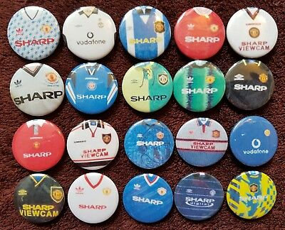 Manchester United FC Retro Shirt Button Badges x 100. Pins Collector. Bargain.
