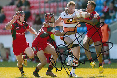 Castleford Tigers Hand Signed Michael Shenton 6X4 Photo 1.