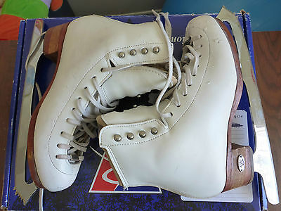 """Figure skates Riedell 875 TS Size 4.5 Infinity blades 9 1/4"""" Pattern 99 profile"""