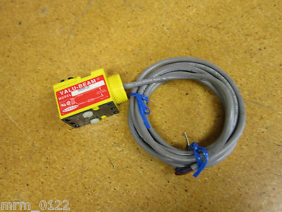 Banner SM2A912F VALU-BEAM GLASS FIBER OPTIC 24-250VAC New Old Stock