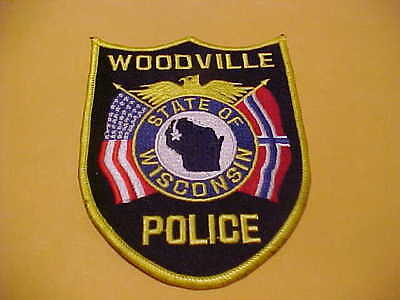 Woodville  Wisconsin  Police Patch *** Free Ship In Usa ***