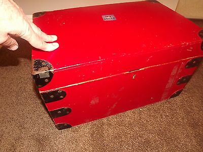 Vintage Boarding School Tuck Box Painted Red No Lock Has Had A Hard Life But Fun
