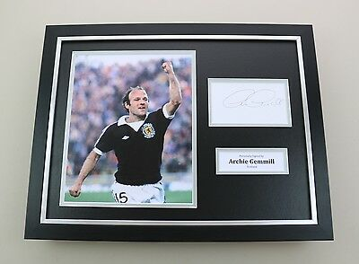 Archie Gemmill Signed Photo Framed 16x12 Scotland Autograph Memorabilia Display