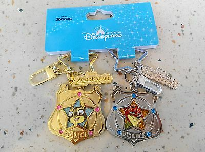 NEW! HKDL Zootopia Judy Hopps Nick Wilde Badge Keychain Set ( Disney Flash Pin)