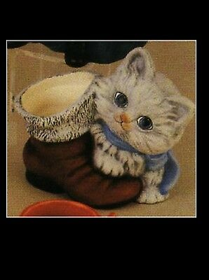 Ceramic Bisque Kitten with Boot, Duncan 1917, U Paint,Ready to Paint