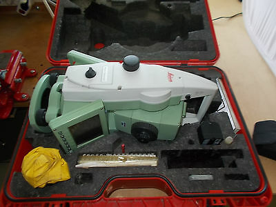 Leica Totalstation Tachymeter TCRP 1203 R300