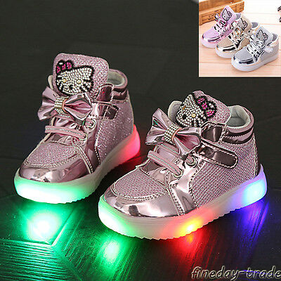 Hot Girls Children Kids Light Up LED Flashing Girls Baby Shoes Sneakers Trainers