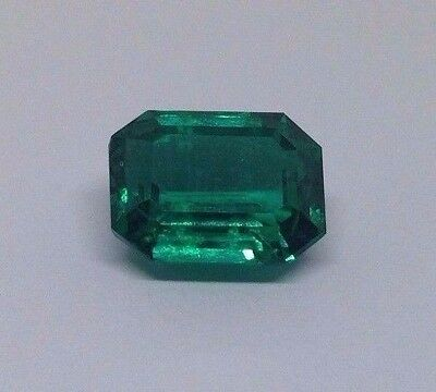 TOP AAA GRADE GREEN COLOUR SYNTHETIC EMERALD 10.42 CTS. 12*10*7 mm. EMERALD CUT
