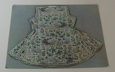 COAT Satin Embroidered with silks POSTCARD Chain-Stitch North India V&A Museum
