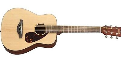 Yamaha JR2 Folk Acoustic Guitar (Natural Finish), 3/4-Size Compact Guitar