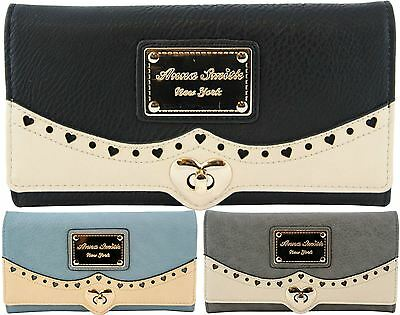 2017 ANNA SMITH Genuine New Luxury Purse with Gold-Tone Heart Studs & Logo Plate