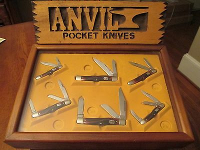 Very Nice USA Made Vintage Anvil Six Knife Set With Original Store Displayer