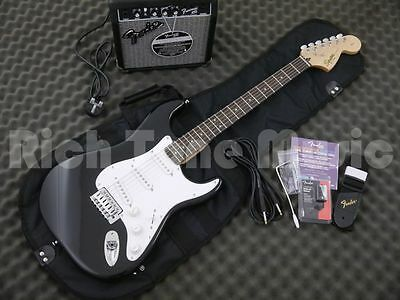 Squier Affinity Strat Guitar Package - Black with Fontman 10G Amp