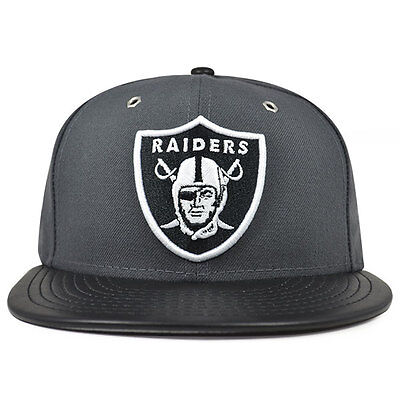 74d123c5000 OAKLAND RAIDERS METAL HOOK Graphite Black Fitted 59Fifty New Era NFL ...