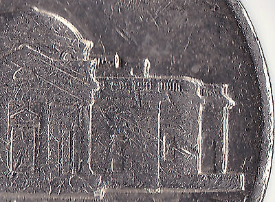 USA 1977 Five Cent Coin - doubling of right half of monument