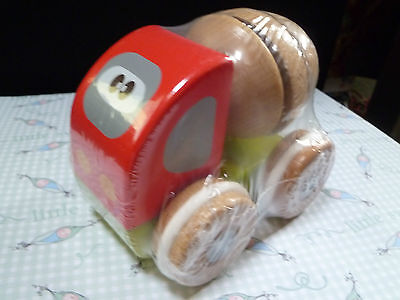 Chicco wooden cement mixer suitable from 12 months of age