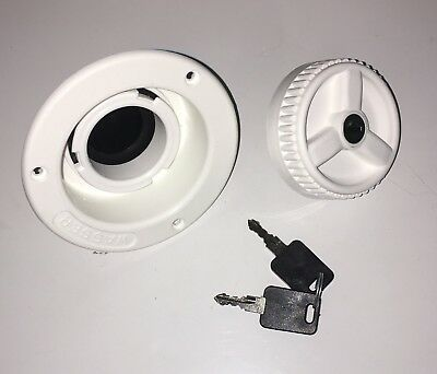 CARAVAN / MOTORHOME- Water Inlet & Locking Filler Cap 2 Keys -White 01622T64090W