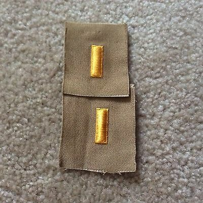 Original WW2> 2nd Lieutenant Bars (Embroidered Yellow on Khaki cloth / Pair)