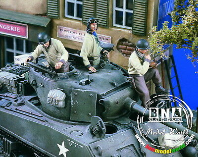 Verlinden Productions #1619 1/35 WWII US AFV Crew (3 figures, tank Not included)