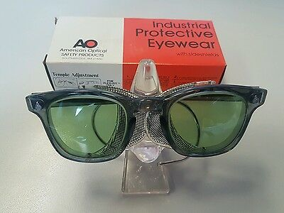 American Optical AO Sunglasses Vintage Motorcycle Safety Glasses Green Lens NOS