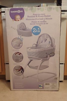 NIB Babies R Us Keep Me Near Bassinet in Gray 128055 FREE GIFT WITH PURCHASE!!!