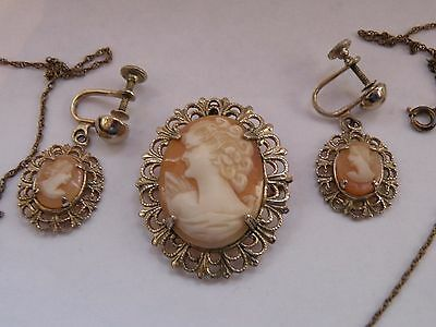 RDR-11 Princess Pride CARVED SHELL CAMEO SCREW EARRINGS AND PENDANT SET vintage
