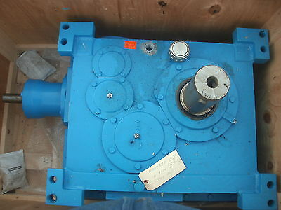 Flender Gear Box 4231243/0020 KCV 250: Bevel-helical Gear Unit