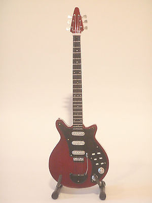 Guitare miniature red special Brian May Queen
