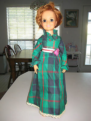 Ideal Look Around Crissy Doll with Green Plaid Dress Hair Grows Head-Waist Moves