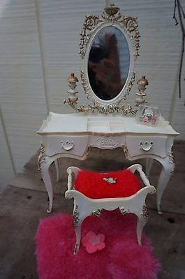 Vintage Barbie Vanity & Bench ~ by Suzy Goose for Mattel