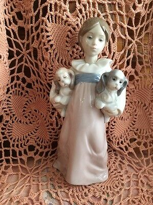LLADRO 6419 Arms Full of Love Mint Condition! No Box! L@@K!