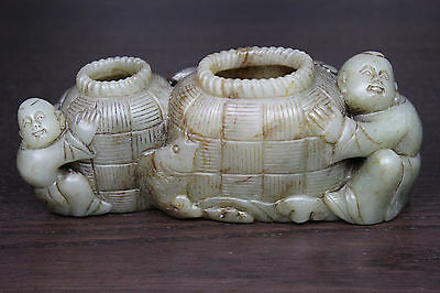 Antique jade brush-washer figuring 2 boys with fish baskets - China Qing dynasty