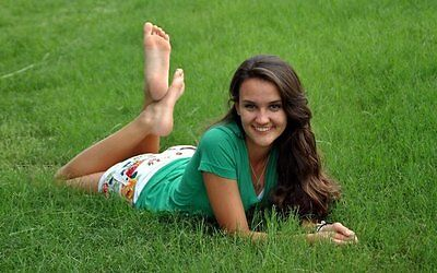 Ultimate Amateurs Barefoot girls Volume 4 CD (Soles Edition) 1000+ photos