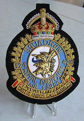 Canada RCAF Royal Canadian Air Force 424 SQUADRON  KC 1939-1952  Crest Badge