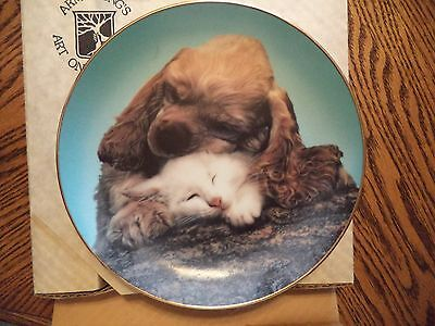 VINTAGE 1985 Armstrong's Art *ALL BARK NO BITE* COCKER & KITTY Porcelain Plate