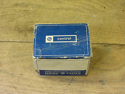 GE General Electric CR2790E100N21 Control Relay Used CSQ