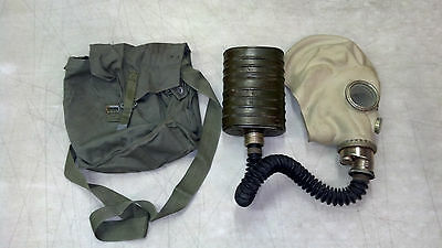 Genuine Military Surplus Polish SMS Gas Mask Preppers Halloween Costume Size 2