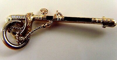 VINTAGE SOLID 9 ct GOLD KNIGHTS SWORD CHARM