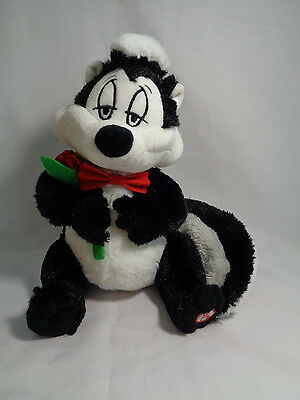 Hallmark Warner Bros Looney Tunes Talking PePe Le Pew Soft Plush Red Rose 9""
