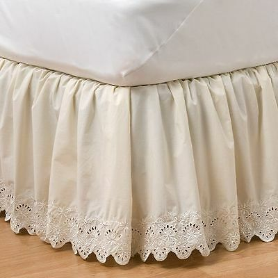 Nip Kohl's Home Classics Queensize Eyelet Bedskirt Pristine Ivory Embroidered